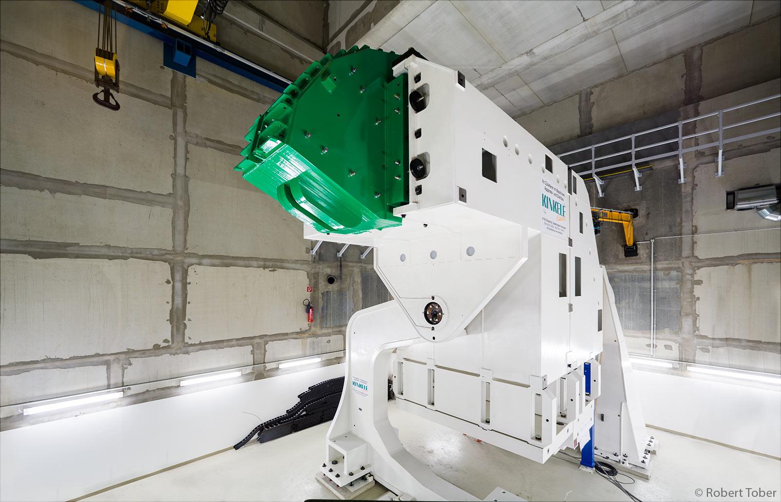 MedAustron Wiener Neustadt, Ionentherapiezentrum, frei bewegliche Bestrahlungseinheitfrei bewegliche Bestrahlungseinheit · © Robert Tober · www.toro.cc
