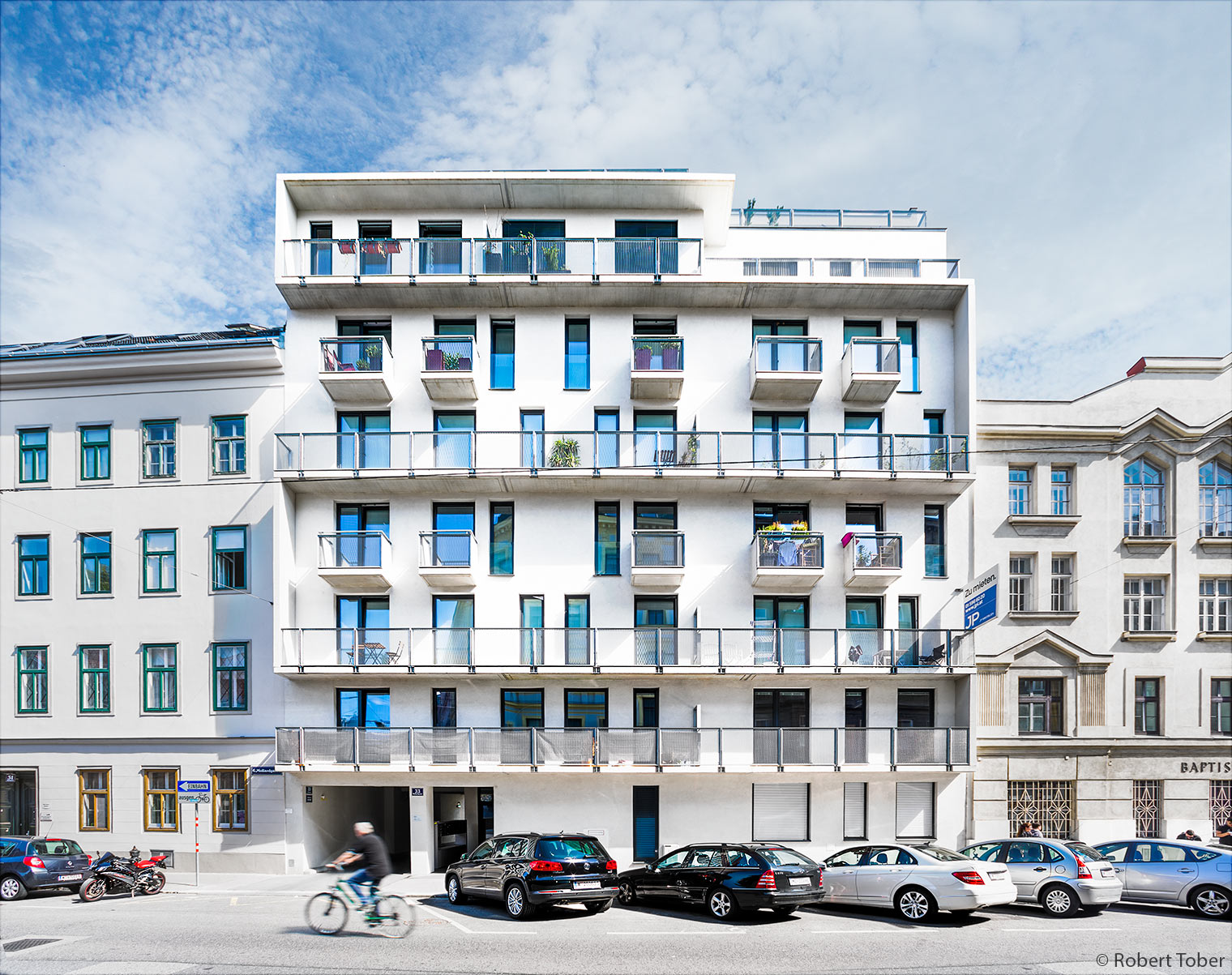 Wohnhausanlage Mollardgasse 33 · © Robert Tober · www.toro.cc