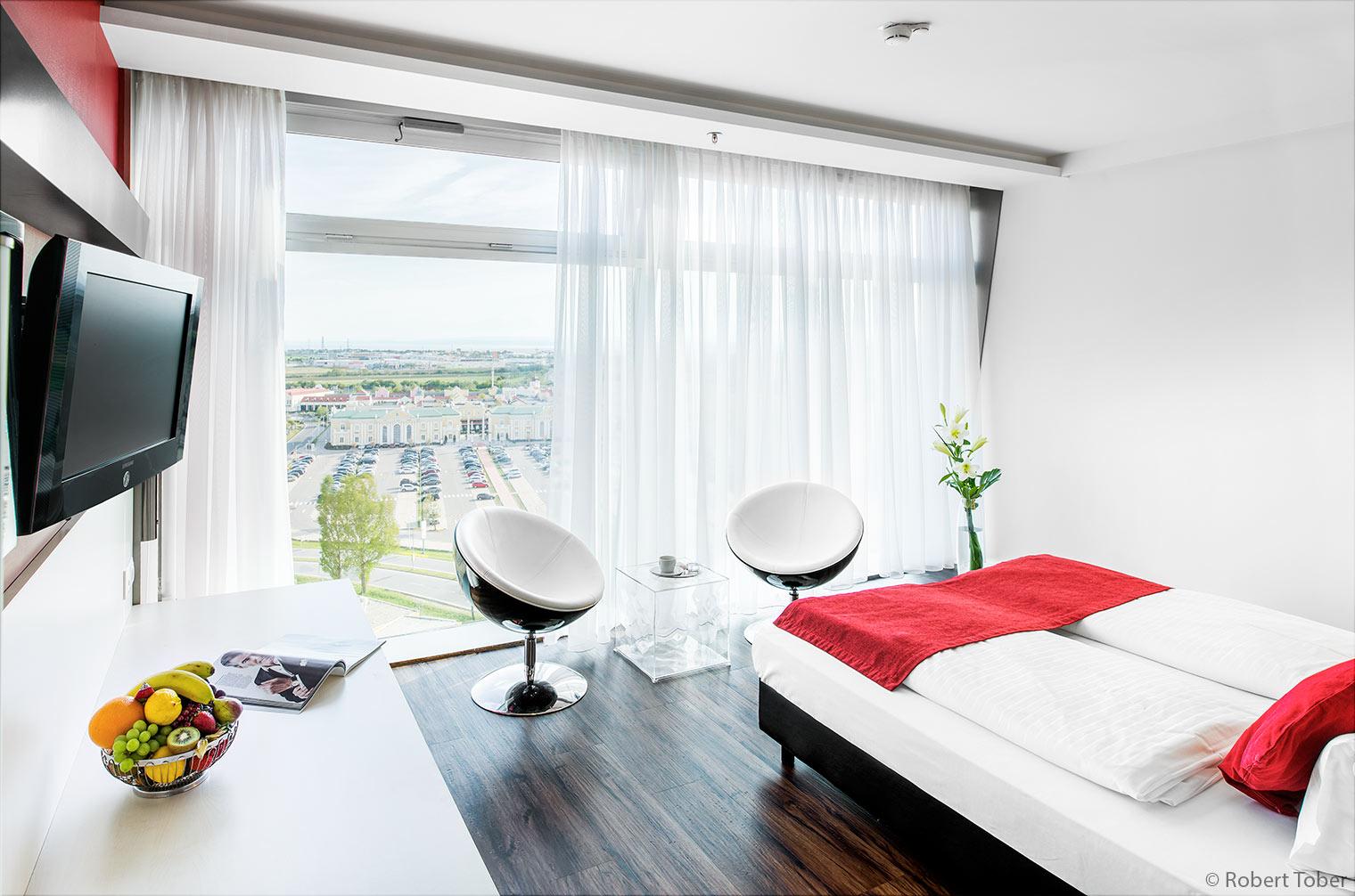 Pannonia Tower Hotel Parndorf / Austria © Robert Tober